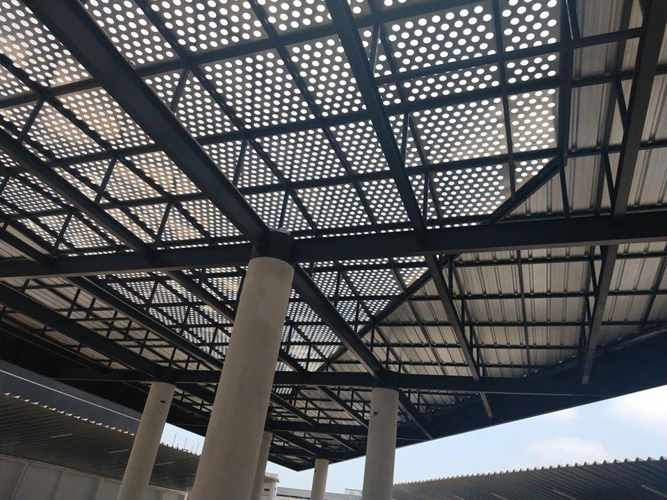Estructura Metálica Con Voladizos Ec Projects